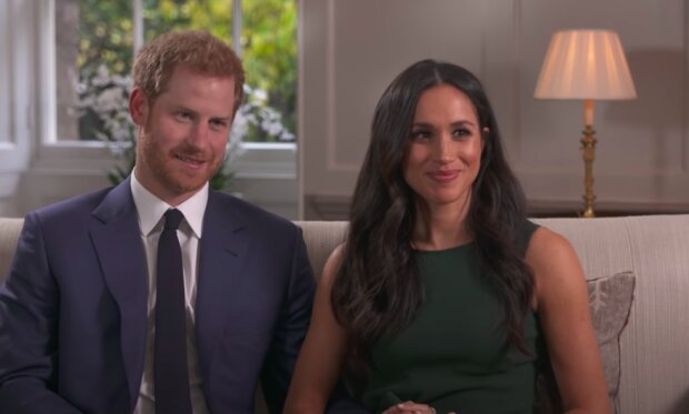 Meghan Markle i książęHarry / YouTube:   BBC News