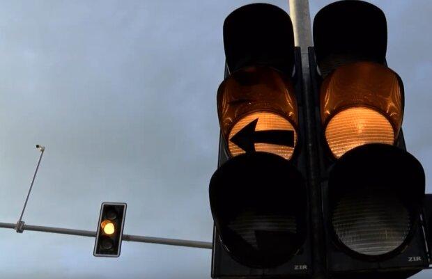Kraków: trwają prace na jednej z ulic związane z instalacją sygnalizacji świetlnej. Mogą wystąpić lokalne utrudnienia w ruchu