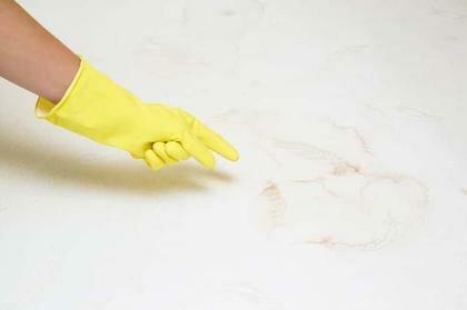 Jakie są najbrudniejsze rzeczy w domach. Sprawdzono, których przedmiotów większość osób nie czyści
