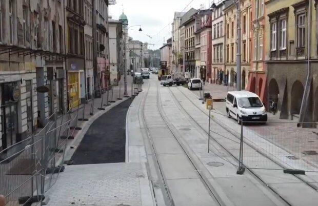 Kraków: po wielu miesiącach opóźnienia ulica ma ponownie zostanie udostępniona. To jednak nie koniec remontu