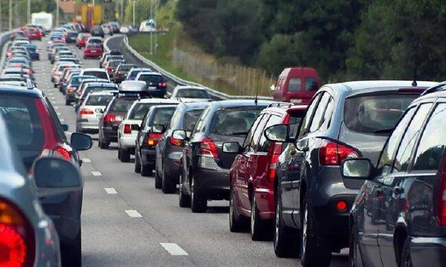 Nowe przepisy ruchu drogowego. Wejdą w życie już w listopadzie!