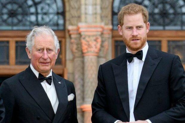 Książę Karol był zaskoczony decyzją Harry'ego. Zapowiedział, że jego syn poniesie konsekwencje