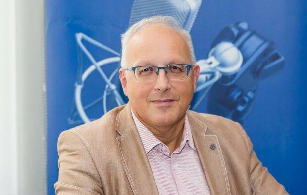 Robert  Flisiak profesor nauk medycznych, kierownik Kliniki Chorób Zakaźnych i Hepatologii