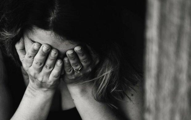 Kobieta płacząca/screen Pexels