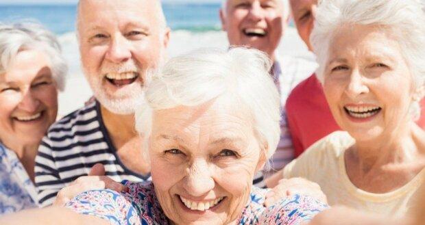 Rząd ujawnia prawdę o waloryzacji rent i emerytur. Od 10 lat nie były tak wysokie. Na jaką podwyżkę mogą liczyć seniorzy