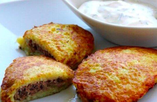 Przepyszne placki ziemniaczane! / /ukrainian-recipes.com/