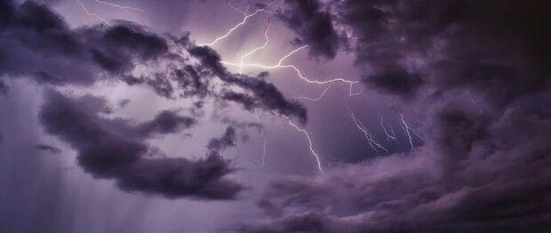IMGW ostrzega przed niebezpieczną pogodą. Dla jakich województw wydano ostrzeżenia