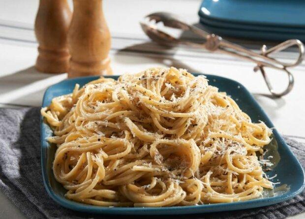 Cacio e pepe. Źródło: cookidoo.at