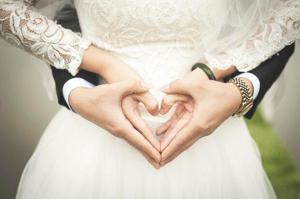 W życie weszły nowe zasady przygotowań do ślubu kościelnego, które spędzają sen z powiek nowożeńcom. Wiemy, czy jest się czego obawiać