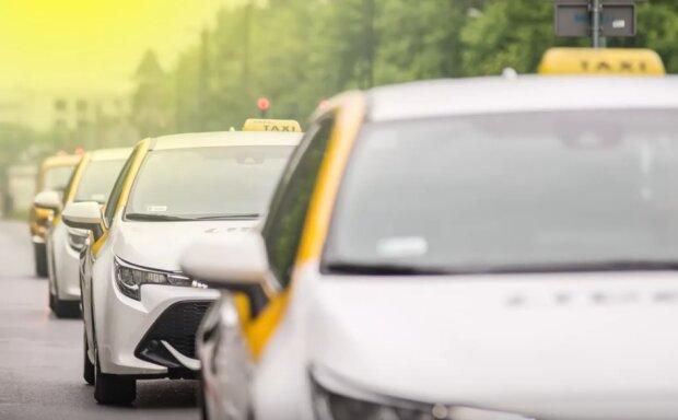 Kraków: mogą być utrudnienia na drodze. Taksówkarze zaplanowali na dzisiaj swój protest , skarżą się na brak pomocy ze strony rządu