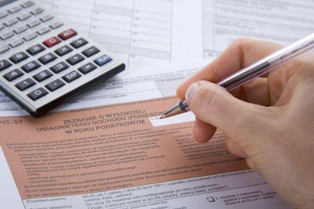 Dwa miliony Polaków nie muszą płacić podatków. Co trzeba zrobić, by z tego skorzystać