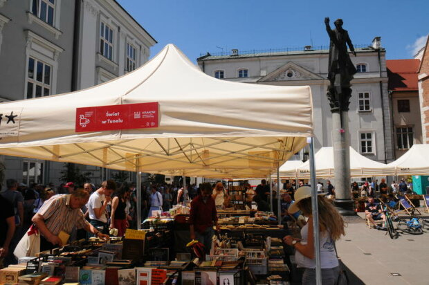 Kraków: w ten weekend powraca długo wyczekiwane wydarzenie. Miłośnicy książek będą zachwyceni