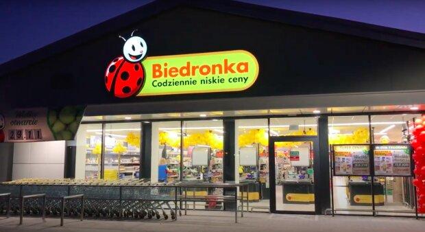 Biedronka znów zadowoli klientów! / YouTube:  Sławomir Pałka