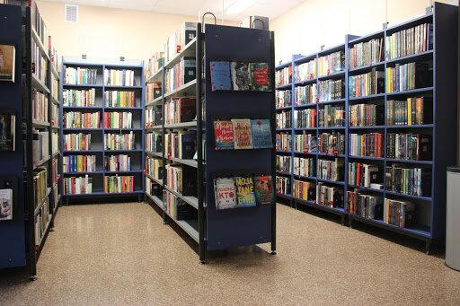 Nowe oblicze Biblioteki Morenowej. Jak wygląda po remoncie