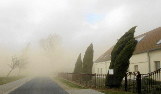 IMGW wydał alerty pogodowe drugiego stopnia dla dziesięciu województw