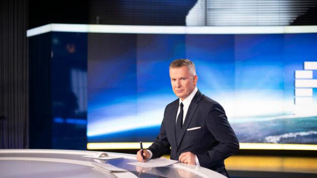 """Grzegorz Kajdanowicz zdradził tajemnicę dotyczącą kulis programu """"Fakty"""", źródło: TVN24"""
