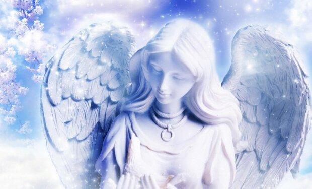 Przyszłość zapisana w kartach anielskich. Co nas czeka