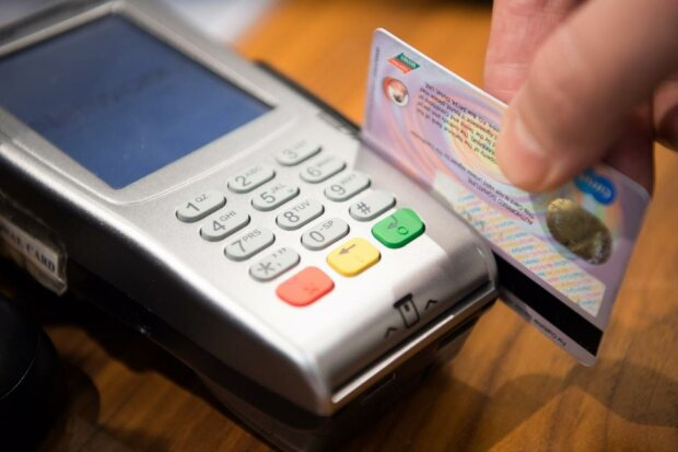Czy karty płatnicze zastąpią gotówkę?, źródło: Poradnik Przedsiębiorcy