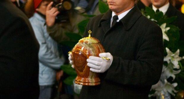 Ministerstwo Zdrowia poinformowało jak ma wyglądać ostatnie pożegnanie osób z koronawirusem. Aż trudno w to uwierzyć