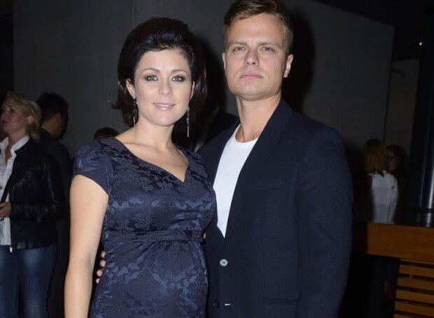 Kasia Cichopek jest w trzeciej ciąży? Zdjęcia i odpowiedź Marcina Hakiela mówią wszystko