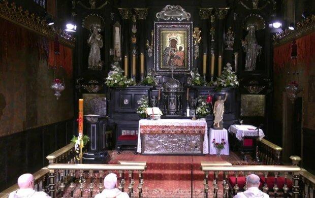 Msza święta/screen Youtube @ Jasna Góra Klasztor Ojców Paulinów
