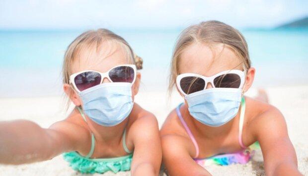 Wakacje w czasie pandemii koronawirusa. Źródło: medme.pl