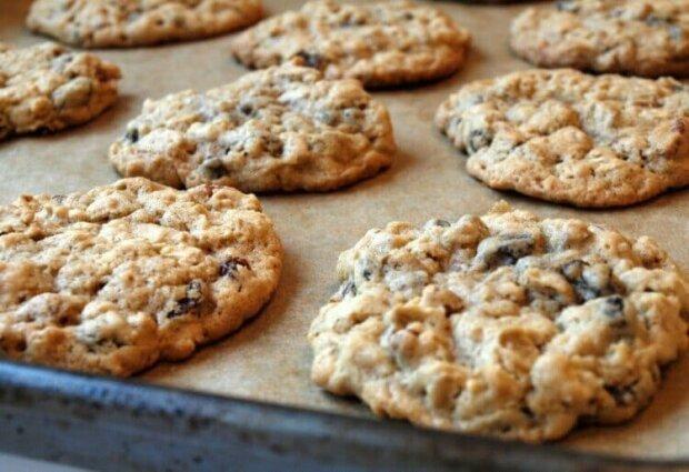 W mniej niż pół godziny przy użyciu zaledwie trzech składników możesz przyrządzić zdrowe i pyszne ciasteczka.