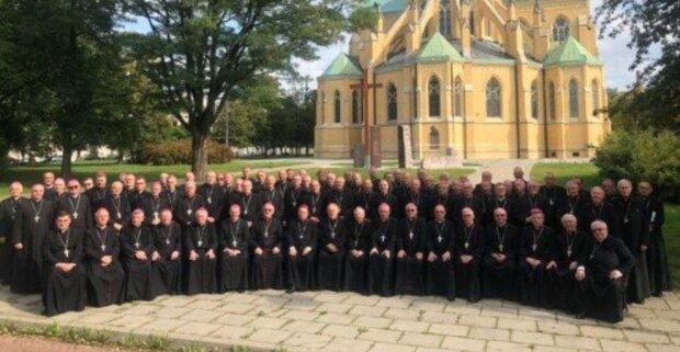 Skutki ostatniego Zebrania Plenarnego Konferencji Episkopatu Polski. Jeden z biskupów ma koronawirusa