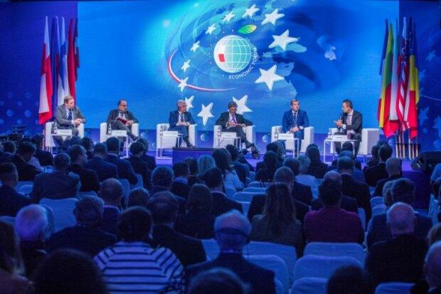 Będzie więcej miejsc pracy. Minister zapowiedział transformację energetyczną w Polsce. Jakie wieści ogłoszono jeszcze na Forum Ekonomicznym