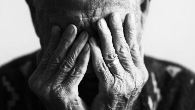 Wzruszające ostatnie słowa, jakie staruszek powiedział podczas pożegnania żony. Niezapomniana historia