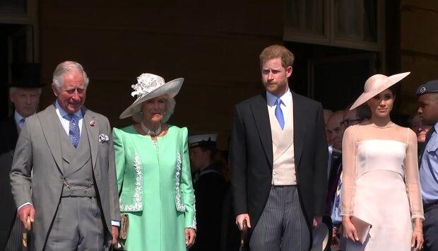 Książę Karol, Camilla, Harry, Meghan Markle. Źródło: Youtube 5 News