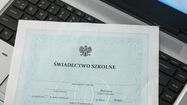 Kraków: dzisiaj odbyło się zakończenie roku szkolnego. Jak to wyglądało w krakowskich szkołach