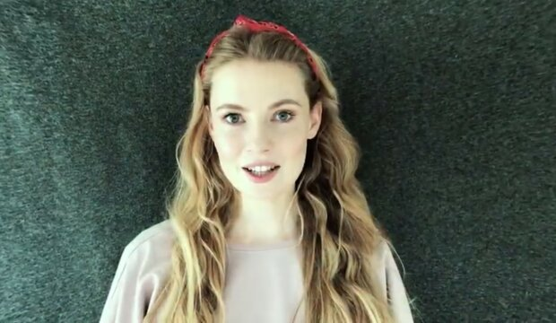 Karolina Chapko, screen YT