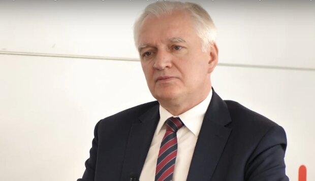 Jarosław Gowin zdradził szczegóły nowego programu. Polacy mogą otrzymać nawet do 2000 zł. Kto może liczyć na dodatkowe pieniądze
