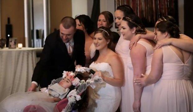 Niesamowita niespodzianka na weselu źródło: YouTube