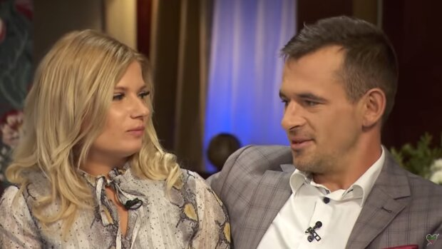 """Ilona i Adrian z """"Rolnik szuka żony"""". Źródło: Youtube Rolnik szuka żony"""