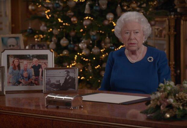 Królowa Elżbieta II wygłasza orędzie świąteczne