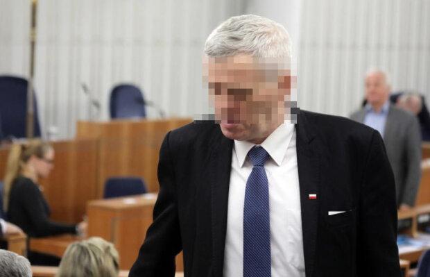 """Jeden z """"najpotężniejszych ludzi w Polsce"""" zatrzymany przez CBA. I to wraz z synem"""