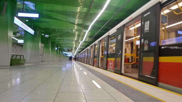 Metro, Warszawa