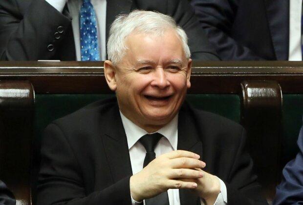Jarosław Kaczyński dostał się do rządu. Wiadomo już, kto będzie mu podlegać