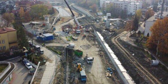 Budowa trasy S7 na kolejnym etapie. Trwają wycinki roślin i rozbieranie domów. O co chodzi