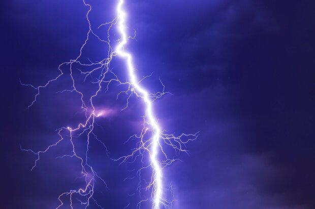 Kraków: meteorolodzy ostrzegają przed burzą z gradem. Co jeszcze znalazło się w prognozie pogody