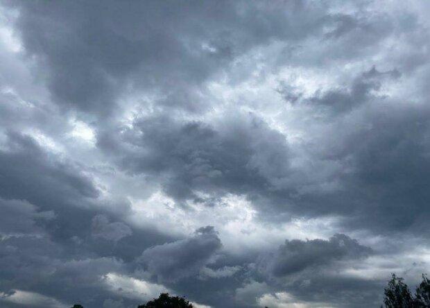 IMGW wydało alerty pierwszego stopnia dla kilku województw. Niebezpieczne zjawiska pogodowe jeszcze dziś zbiorą swoje żniwa! O czym mowa
