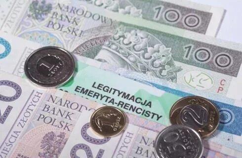 Istnieją sposoby, aby zwiększyć wysokość świadczenia emerytalnego u kobiet, źródło: Prawo.pl