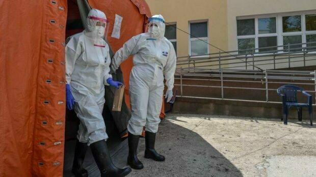 Małopolska: przekroczone siedem tysięcy przypadków i smutne wiadomości z sanepidu. Są nowe dane odnośnie zakażeń koronawirusem na piątek