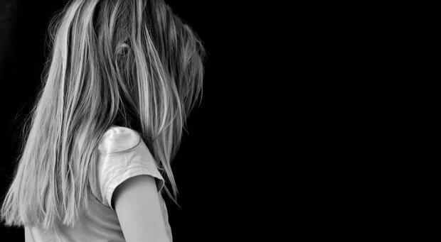 Niewiarygodna historia zaginionej przed laty dziewczynki z Legnicy. Odezwała się do rodziny po 26 latach