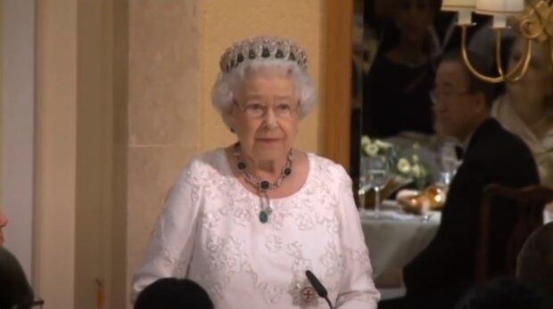 Królowa Elżbieta II. Źródło: Youtube HM The King