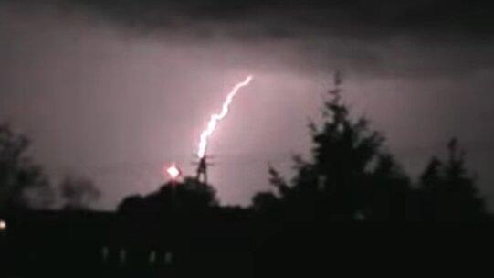 Burza. Źródło: Youtube