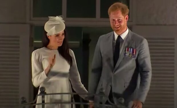 Meghan Markle i książęHarry / YouTube:  Access