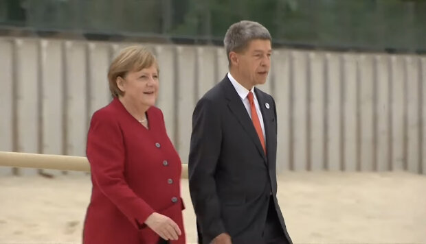 Angela Merkel, Joachim Sauer. Źródło: youtube.com